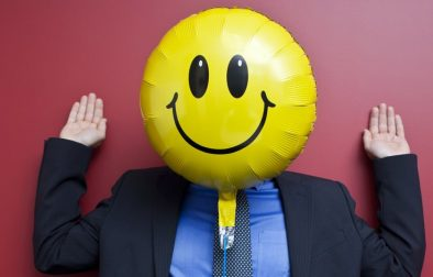 kommunikation-buero-slack-chats-umgangston-hierarchien-smiley